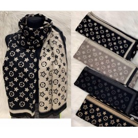 Italian women's scarf EK17.09(115)